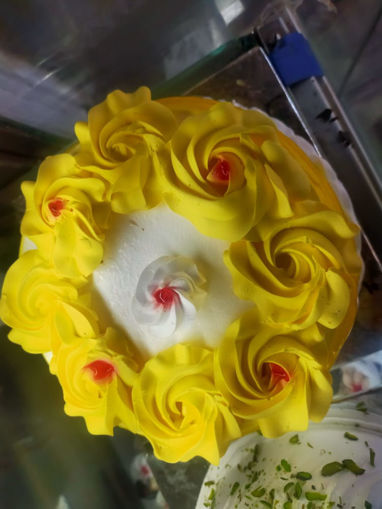 Picture of Fresh Cream pineapple Cake 500g