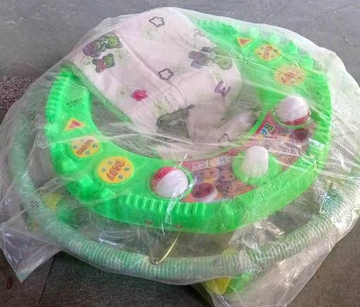 Picture of 6 wheel single chu double ball Walker for kids